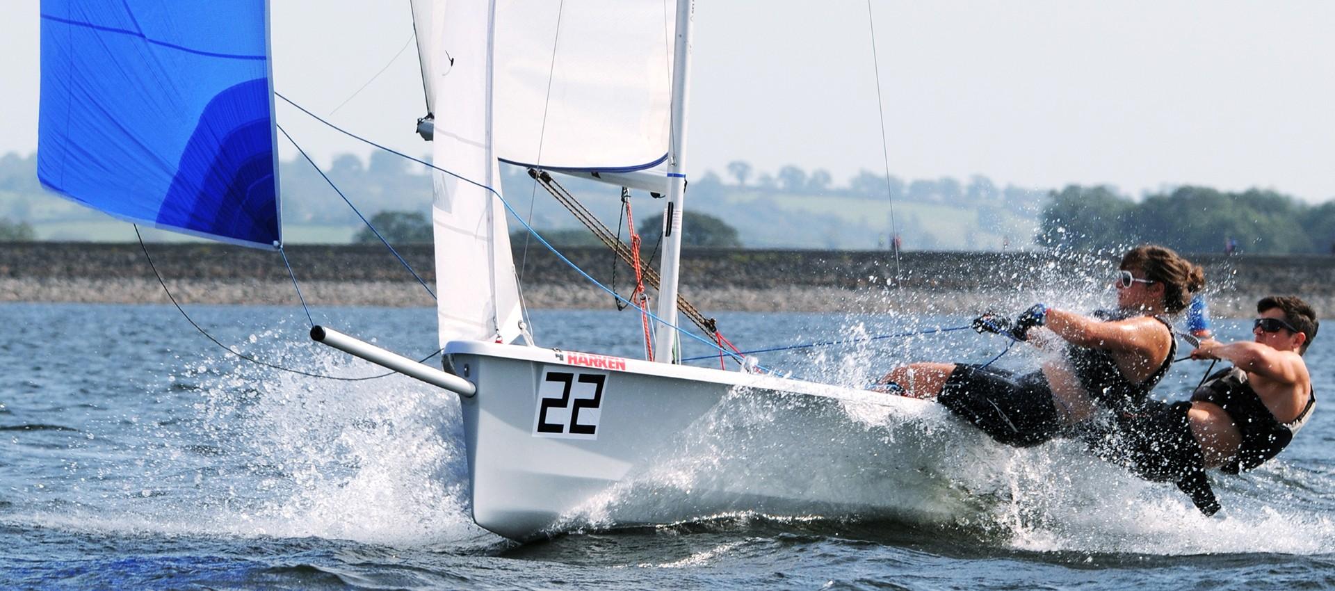 2000 sailboat