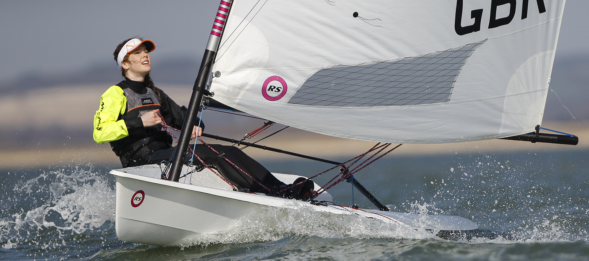 RS Aero – simple single-hander with three rig size options for youth and adult sailors.