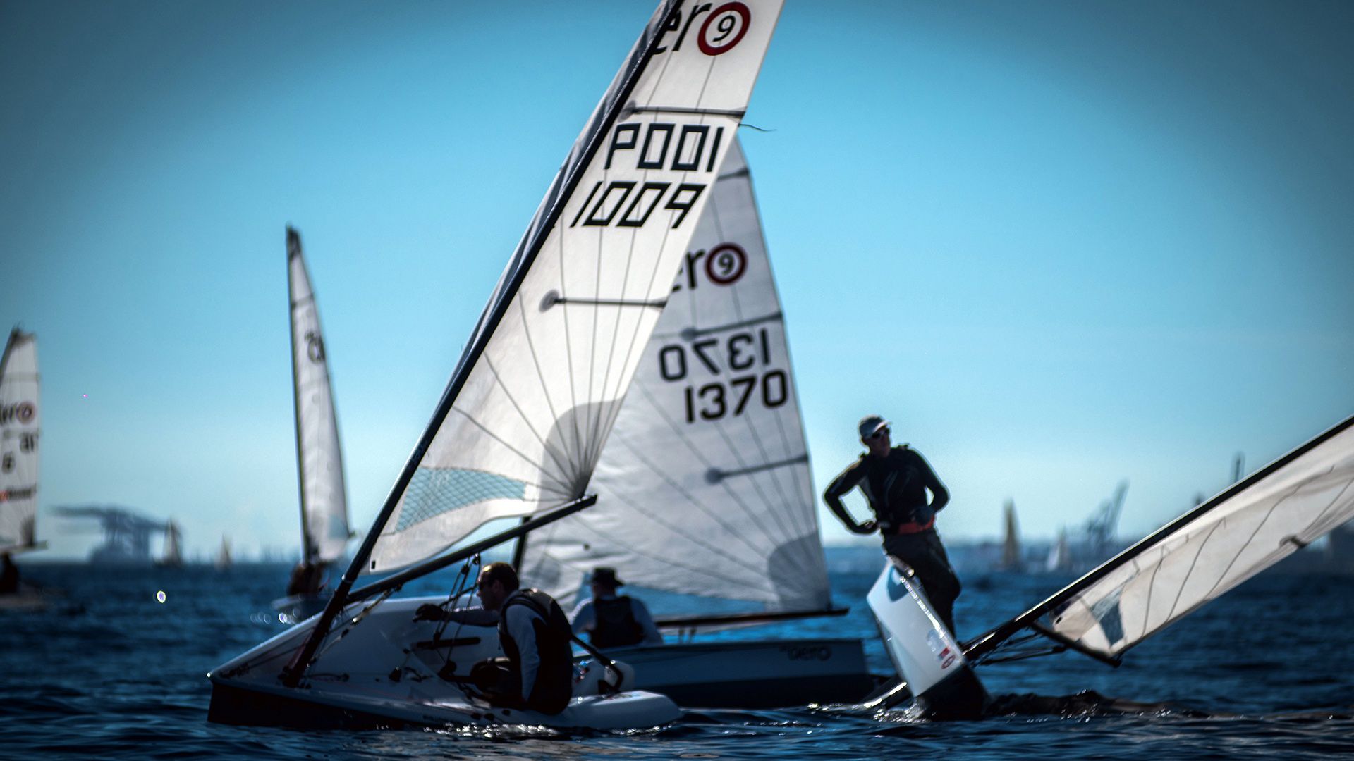 RS Aero – simple single-hander with three rig size options for youth and adult sailors. - RS ...