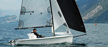 RS Venture Connect – spacious and stable keelboat, perfect for family adventures, training and para sailing