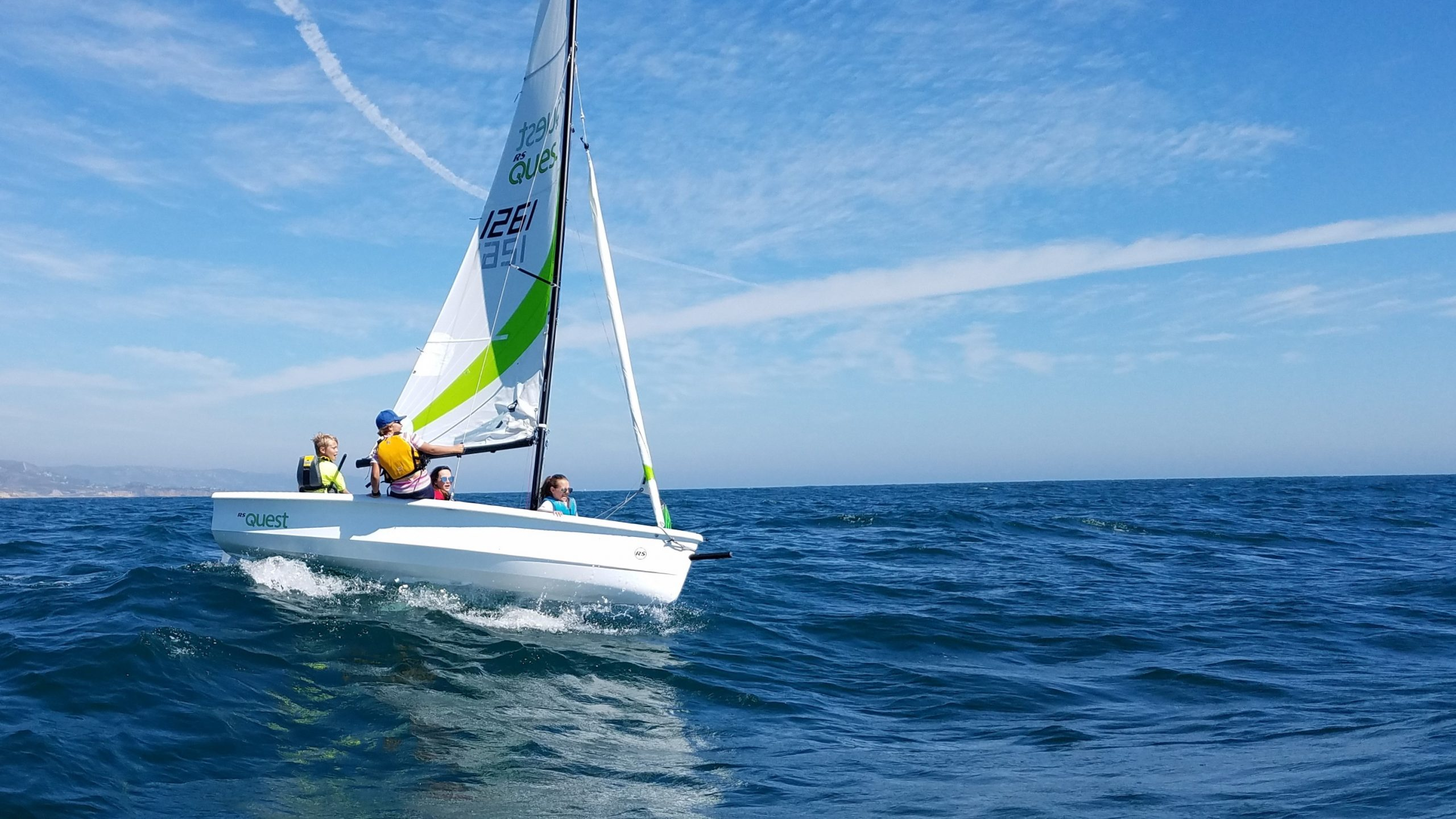 Sailing in Sweden - RS Quest